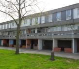 3 bed Town House in Holstein Way, Erith...
