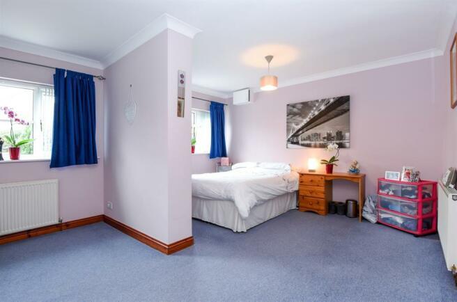 Family Room/Bedroom 5