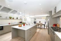 7 bedroom Terraced property in Crondace Road, Fulham...