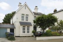 5 bed Detached property in Brodrick Road...