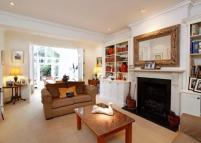 5 bedroom home in Herondale Avenue...