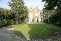 6 bedroom house in Spencer Road, Wandsworth...