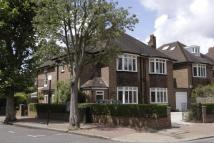 4 bed property in Lyford Road, Wandsworth...