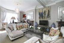 7 bed semi detached home in Balham Park Road, London...