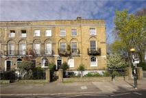 Flat in Barnsbury Road, London...