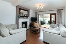 2 bedroom Flat in Mildmay Grove North...