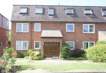 2 bed Ground Flat for sale in Brookside, East Barnet