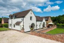 Barn Conversion to rent in Grove Farm...