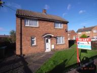 2 bed property to rent in Heath Road...