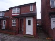 Flat to rent in Welldeck Road ...
