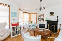 2 bedroom Flat for sale in Carlingford Road...