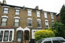 Flat to rent in Ruskin Road, Tottenham...