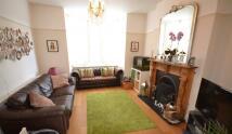 3 bed property in Wightman Road, Harringay...