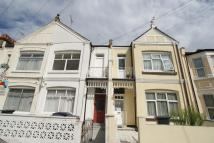 1 bed Flat in Chesterfield Gardens...