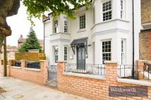 1 bed Flat in Avondale Road, London...