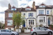 Flat for sale in Cavendish Road...