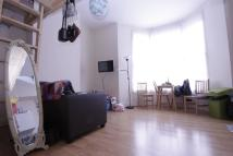 Studio flat to rent in St. Mark'S Rise, London...