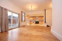 5 bed semi detached property in Claremont Road, London...