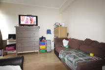 2 bedroom Flat in Bronti Close, London...