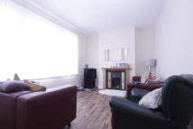 3 bedroom Apartment to rent in Upton Lane, London, E7