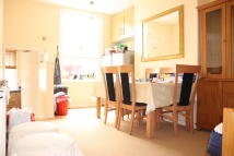 Apartment to rent in Settles Street, London...