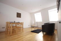 2 bedroom Apartment in Hessel Street, London, E1