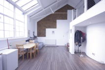 4 bed Penthouse to rent in Dalston Lane, London, E8