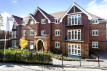 2 bedroom Apartment in Oxted, Surrey