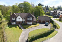Brassey Hill Detached house to rent