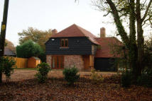 3 bed Detached house to rent in Red Lane, Oxted, Surrey