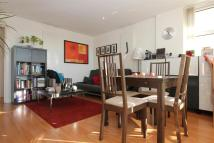 Upper Richmond Road Flat to rent