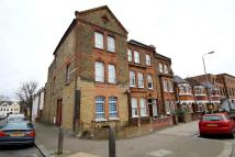 2 bedroom Flat to rent in Putney Bridge Road...