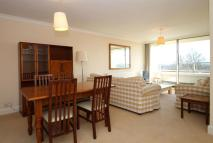 2 bed Flat in Lorne Court...