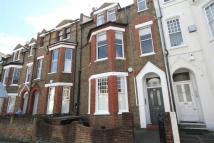 Flat in Oakhill Road, London