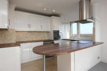 Flat to rent in Cadnam Point, Putney