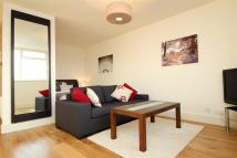 Flat to rent in Keswick Road, Putney