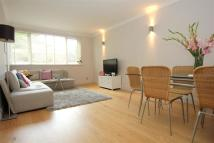 2 bedroom Flat to rent in Upper Richmond Road...