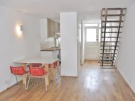 2 bedroom Flat in Heath Royal...