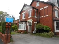 2 bed Flat to rent in Ansdell Road North...