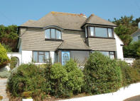 4 bed Detached property for sale in TREDYNAS ROAD, Falmouth...