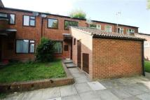 IDEAL Terraced property to rent