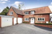 Detached property to rent in UPPER CLATFORD