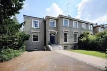 6 bedroom semi detached home to rent in Claremont Road, Surbiton