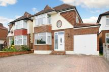 3 bedroom property to rent in Brockenhurst Avenue...