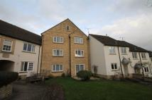 1 bedroom Flat in 29 Warrenne Keep...
