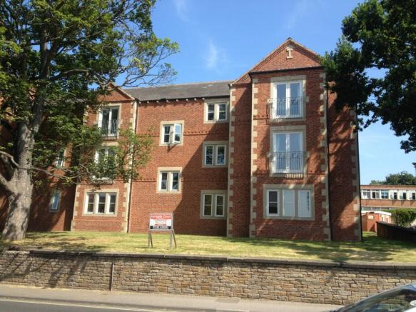 2 Bedroom Apartment To Rent In Ashgate Court Chesterfield S40 S40