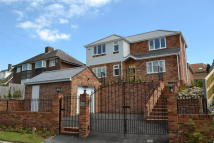 4 bedroom Detached house for sale in THE DROVEWAY...