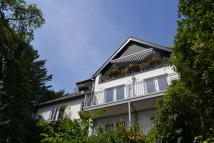 1 bed Flat for sale in HOTEL ROAD...