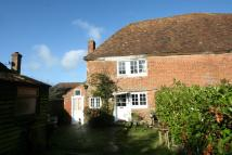 2 bed semi detached home in Little Westwell Cottage...