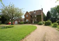 5 bed Detached home in Moonrakers...